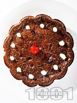 Меден кекс с канела, орехи и стафиди - снимка на рецептата
